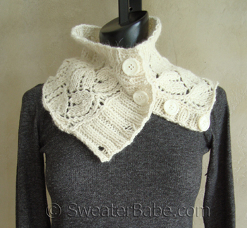 Button-Up_Alpaca_Cowl_350