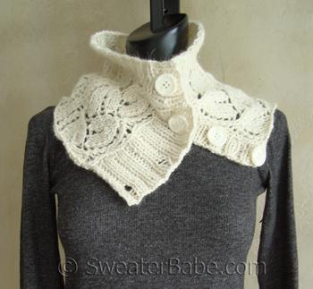 Button-Up_Alpaca_Cowl_350