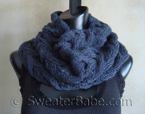 Luscious_Cabled_Cowl3_500
