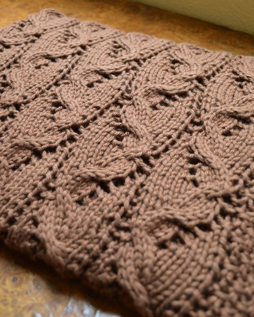 Curves_Lace_Blanket1